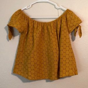 Universal Thread Tops - Shoulder style blouse